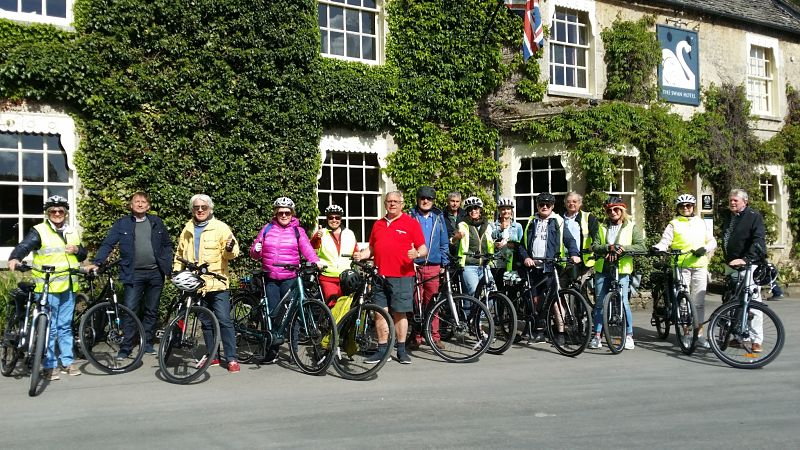 e-biking from Bibury